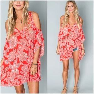 Show Me Your Mumu, Aquarius Paisley Peta Boo Tunic